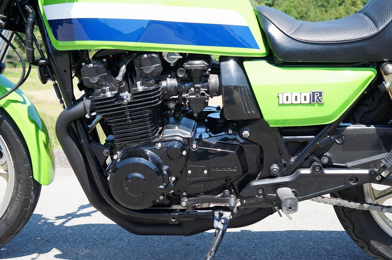 Z1000J エンジン左