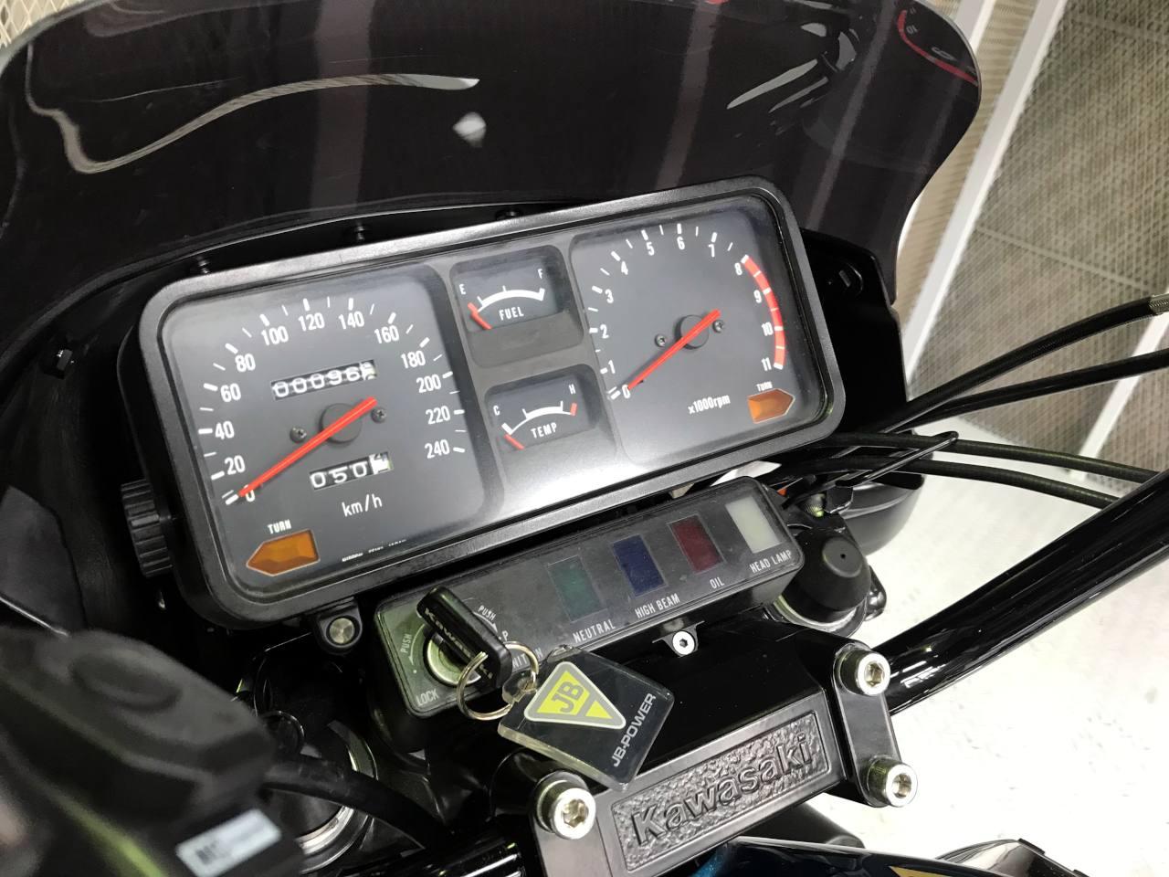 Z1300 メーター